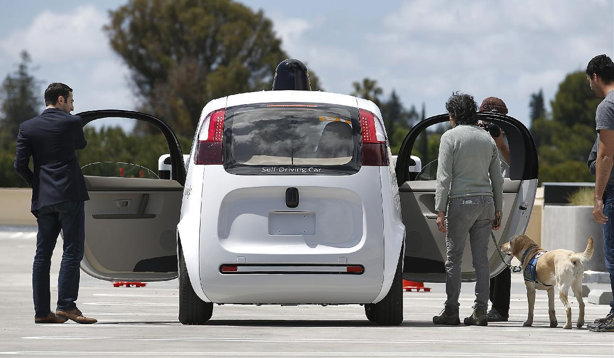 APNewsBreak: Feds revising wary stance on self-driving cars