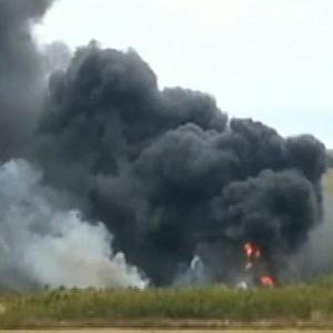 Military aircraft crash in Hawaii kills U.S. Marine