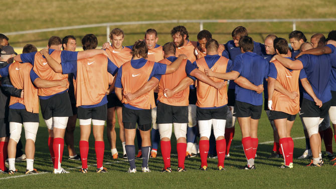 France's rugby team players huddle together during a training session for the upcoming Rugby World Cup, in Auckland,  New Zealand, Tuesday, Sept. 6, 2011. France will play Japan in it's opening game on Saturday Sept. 10. (AP Photo/Christophe Ena)