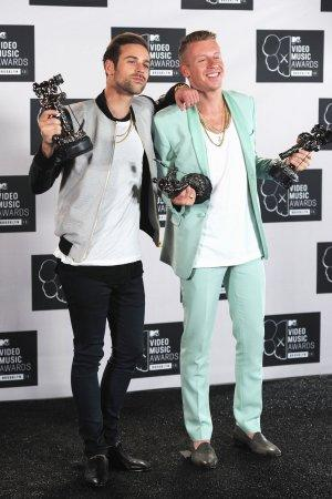 MTV VMAs: Macklemore 'Welled Up' During 'Same Love' Victory