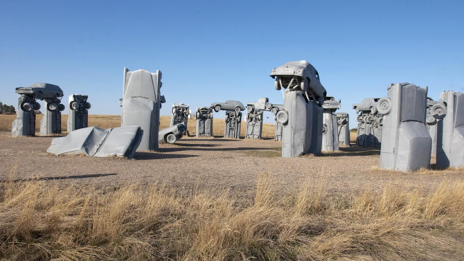 Neb. city set to take over quirky Carhenge site