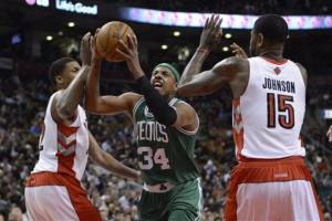 Garnett scores 27 as Celtics beat Raptors 99-95