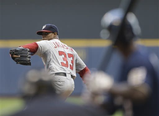 Lombardozzi's triple sends Nats past Brewers, 8-2