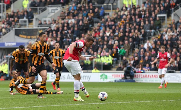 Arsenal beats Hull 3-0 in Premier League