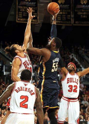 Robinson helps Bulls beat Pacers at Notre Dame