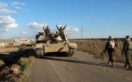 Iraqi forces make gains against Islamic State east of Ramadi