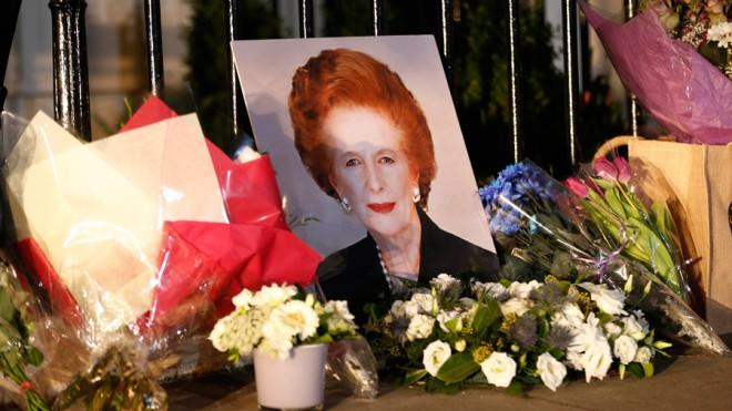 While mourners placed flowers outside the late Margaret Thatcher's home in London, other Brits celebrated her death with street parties and champagne.