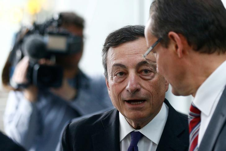 Euro zone economy to improve, but there are risks - ECB's Draghi