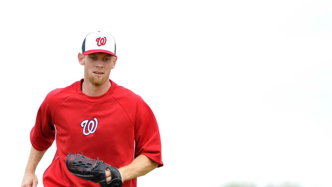 MLB: Washington Nationals-Pitchers and Catchers