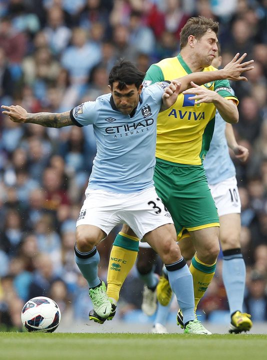 Soccer - Barclays Premier League - Manchester City v Norwich City - Etihad Stadium
