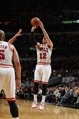 Hinrich scores 25, Bulls beat Warriors 103-87