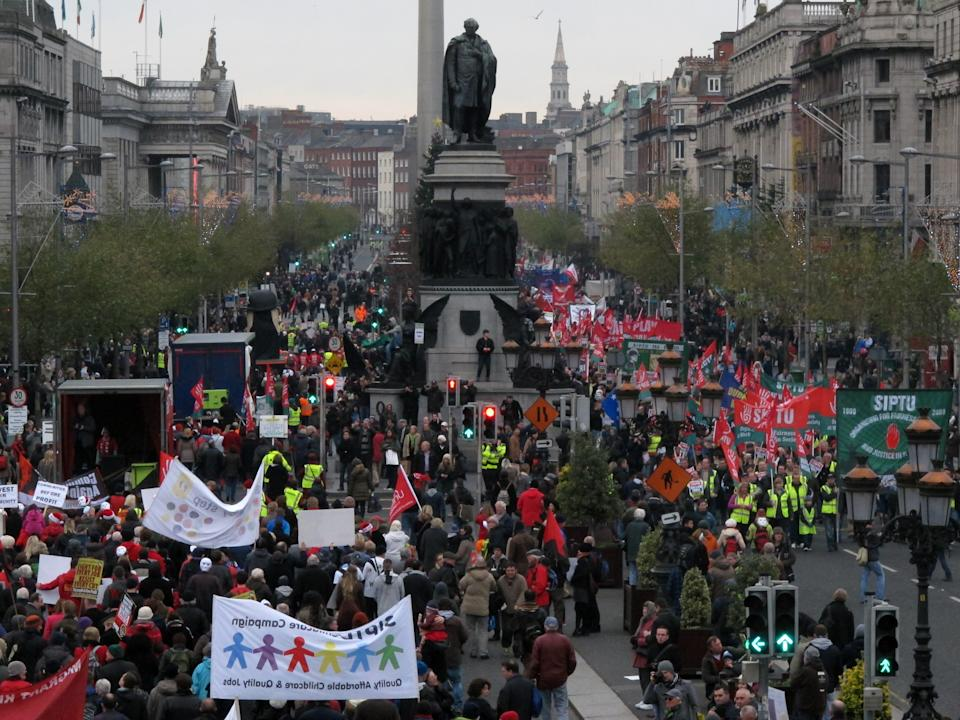10,000 march in Dublin against next Irish budget