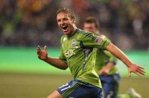 Union acquire Parke from Sounders