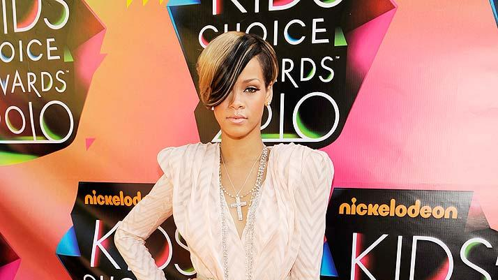 Rihanna Kids Choice Awards