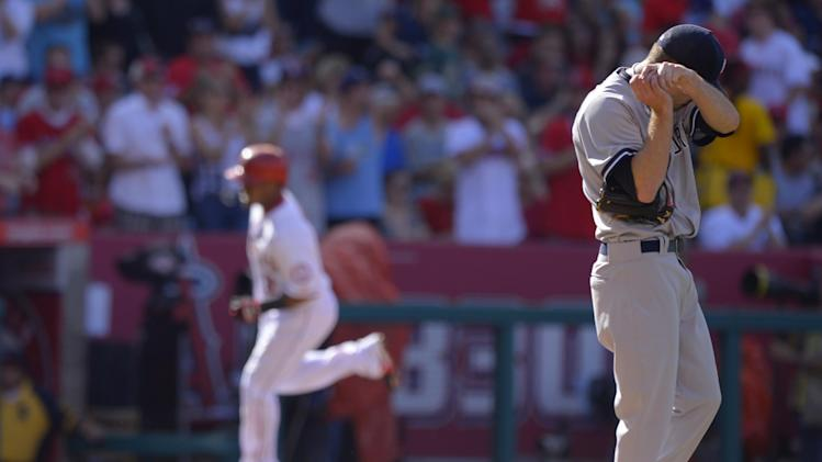 Angels send Yankees to 5th straight loss, 6-2