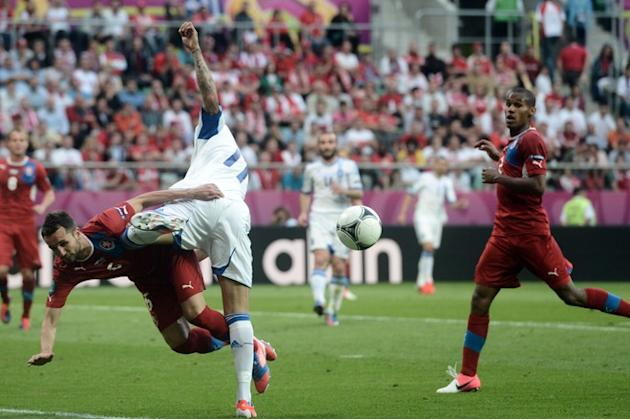 Czech Midfielder Milan Petrzela (2L) Vies AFP/Getty Images