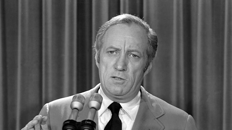FILE - In this May 22, 1973 file photo, then acting White House counsel Leonard Garment briefs the media at the White House on President Nixon's statement about the Watergate affair in Washington. Garment died Saturday, July 13, 2013 in New York City at age 89. (AP Photo/File)