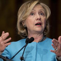 Hillary's Choice: 'Anti-Gridlock' or 'Anti-Wall Street'?
