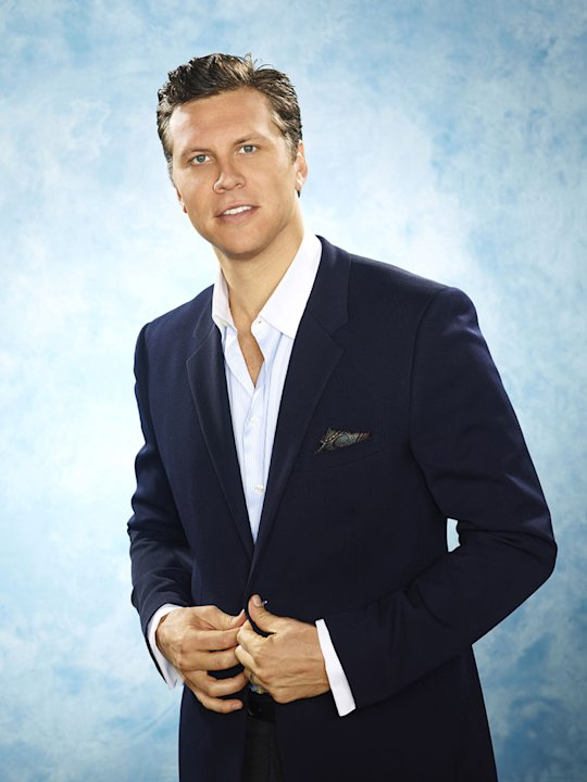 "Hayes MacArthur as Rex in ""Perfect Couples."""