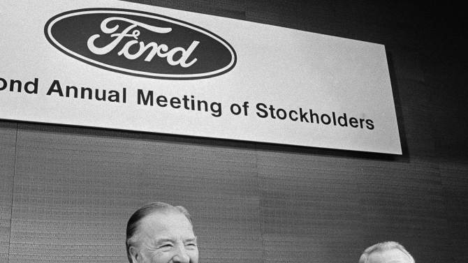Former Ford CEO Philip Caldwell dies at age 93