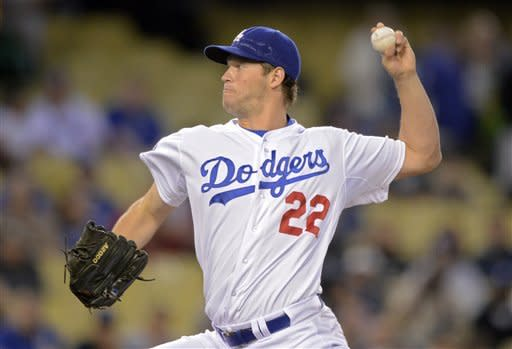 Kershaw wins 10th straight decision, 3-2 over Nats