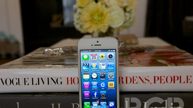 iPhone 5 data bug may be whacking AT&T customers as well [updated]