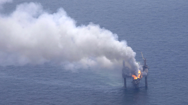 Experts: Gas in Gulf blowout is less damaging