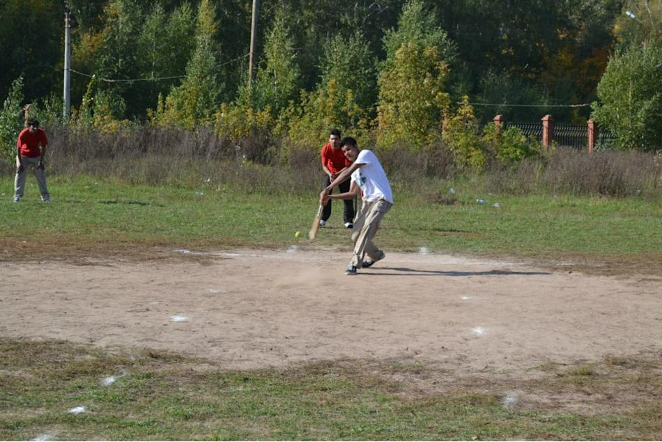 3 - Cricket in  Russia (Kazan) - Vinayak Mehetre - http://www.flickr.com/people/786512/