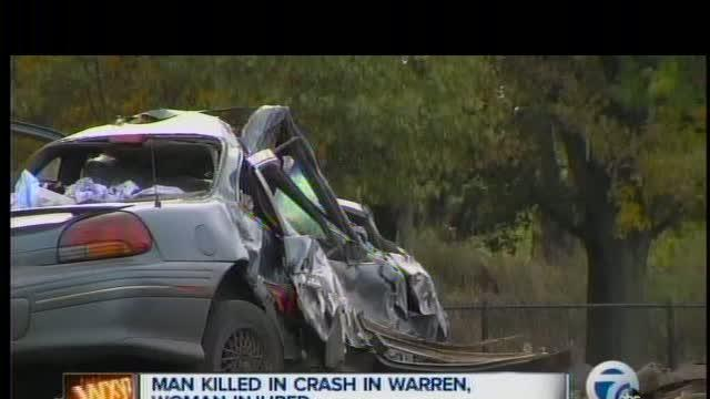Man killed, woman injured in Warren crash