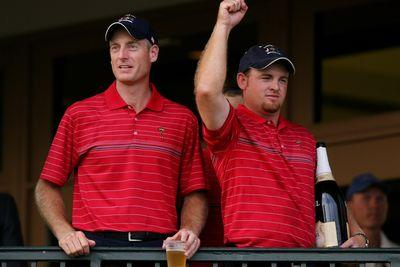 Injury forces Jim Furyk out of Presidents Cup, J.B. Holmes picked as replacement