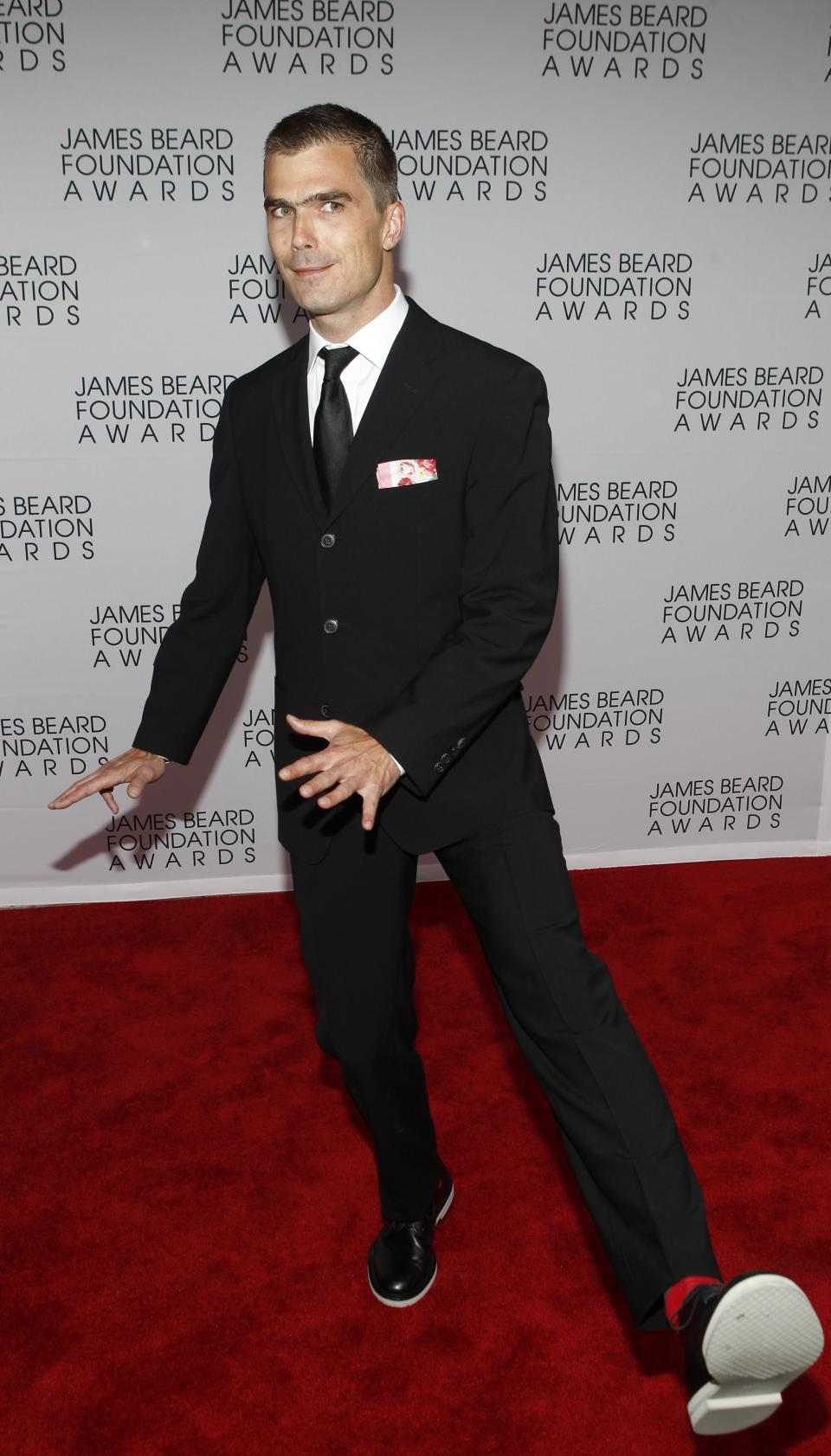 Chef Hugh Acheson arrives for the James Beard Foundation Awards, Monday, May 7, 2012, in New York. (AP Photo/Jason DeCrow)