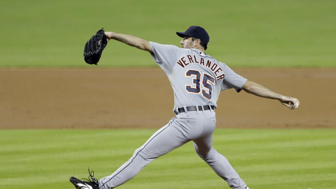 Detroit Tigers' Justin Verlander pitches to the Miami Marlins in the first inning of an interleague baseball game on Sunday, Sept. 29, 2013, in Miami. (AP Photo/Alan Diaz)