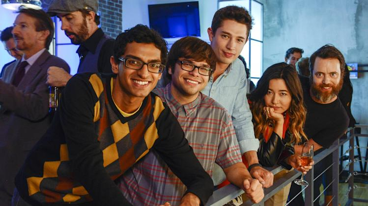 "In this photo released by Amazon Studios, from left, Karan Soni, Charlie Saxton, Joe Dinicol, Maya Erskine and Jon Daly, star in Amazon's original series ""Betas,"" which debuts Nov. 22, 2013, on Amazon.com. (AP Photo/Amazon Studios, Erica Parise)"