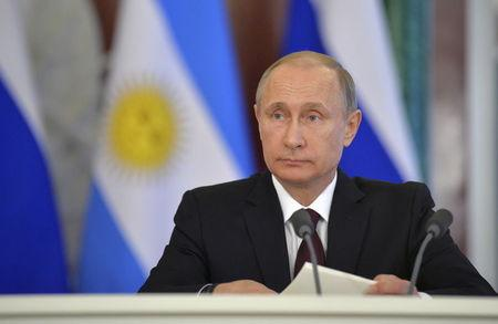 Putin accuses 'quasi-partners' of counting on Russia collapse