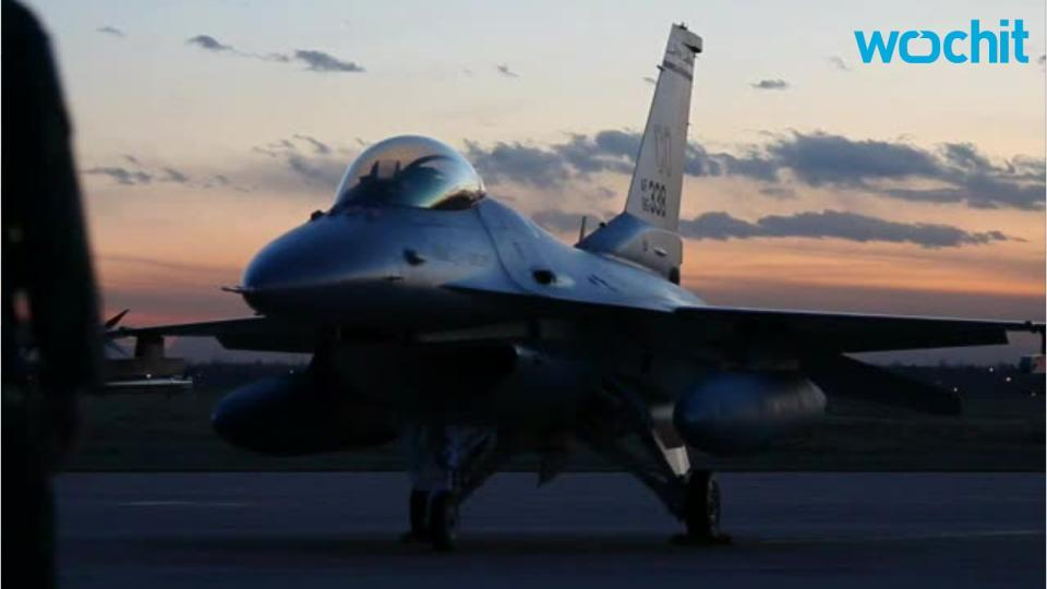 NTSB: 2 killed when F-16, small plane crash; jet pilot safe