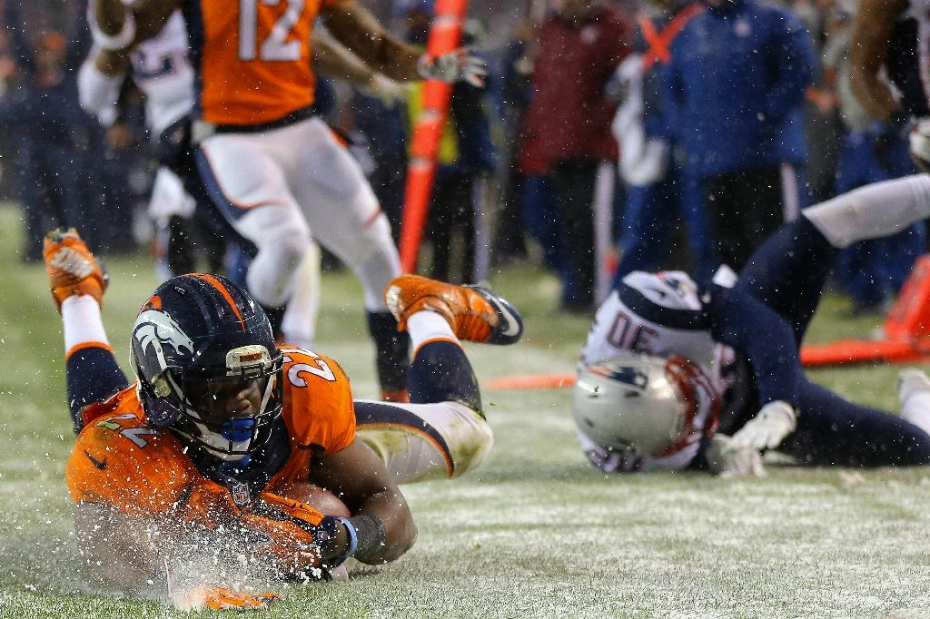 Broncos hand Patriots first NFL season loss in OT