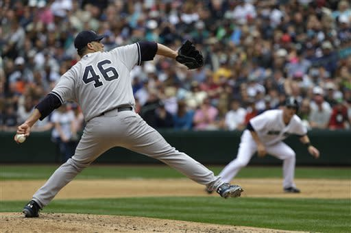 Pettitte earns 250th win, Yankees top Mariners 3-1