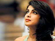 "Priyanka Chopra to play lead in ""Zanjeer"""