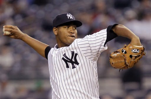 Robertson earns first save as Yankees top Rays 5-3