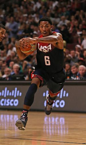NBA - Rose helps USA to exhibition win in Chicago return