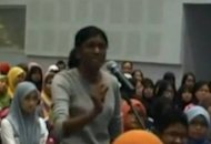 UUM forum was to indoctrinate students, says girl told to 'listen'