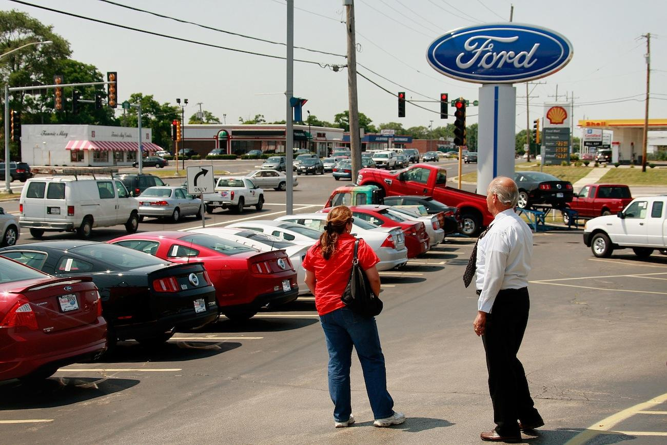 Startup AutoFi has joined with Ford to make buying a car less painful
