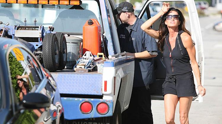 Janice Dickinson Gets Towed