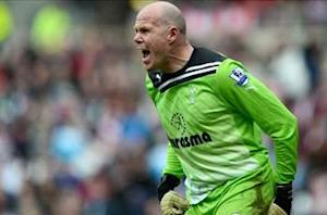 Brad Friedel coaches goalkeeping clinic in the United States