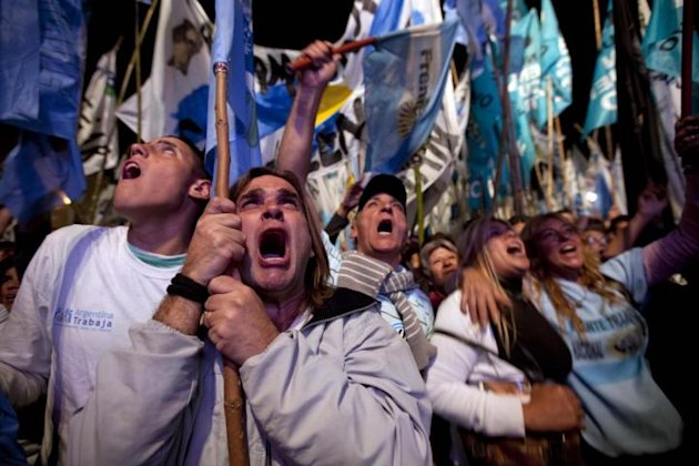 Buenos Aires, si' definitivo del Parlamento argentino a nazionalizzazione YPF 