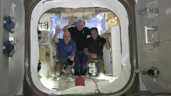Private Dragon Spacecraft Is 'Golden Spike' of Final Frontier, Astronaut Says