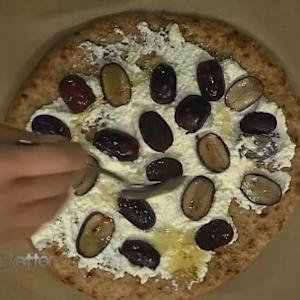 Chef Ellie Krieger Makes A Healthy Snack Pizza That Kids Will Love Making
