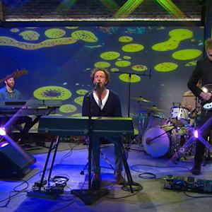 "Saturday Sessions: Guster performs ""Kid Dreams"""