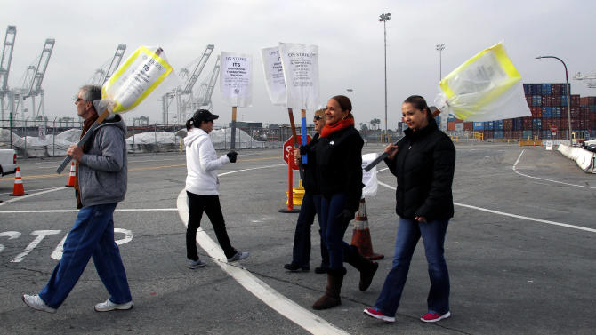Employers: LA port workers to return Wednesday