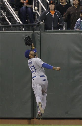 Ramirez's HR in 10th lifts Dodgers over Giants 5-3